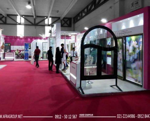 غرفه-سازی-نمایشگاهی-مهسان-صنعت-نمایشگاه-در-و-پنجره